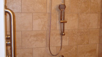 Bathroom-Remodeling-Gordie-After-002-09222010 feature
