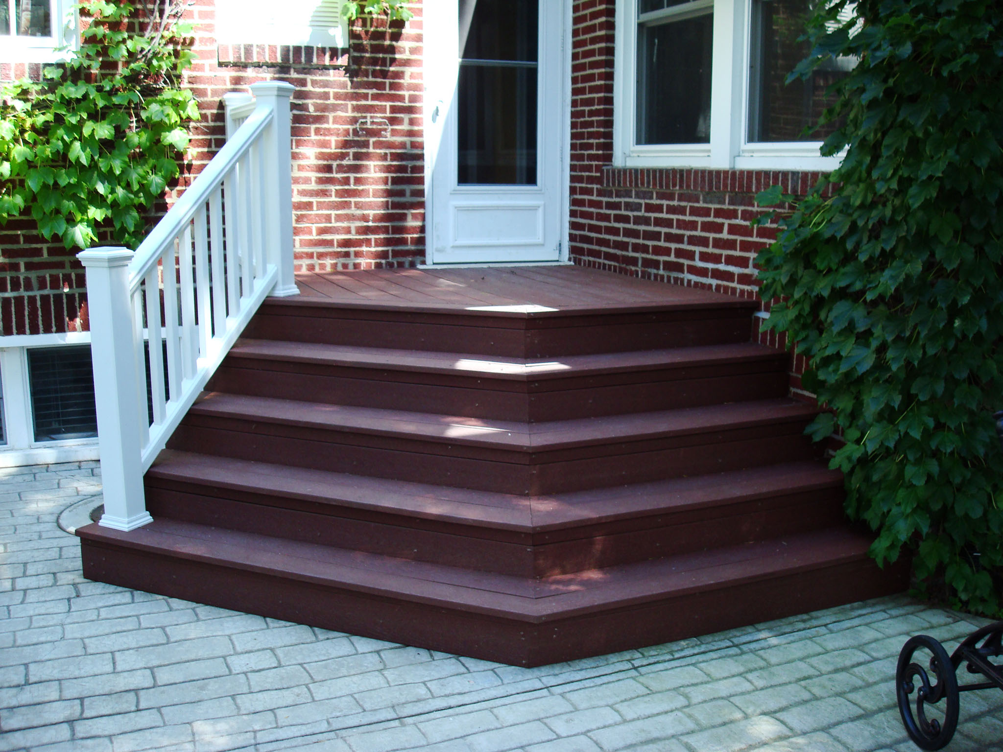 New Lenox Composite Deck Stairs